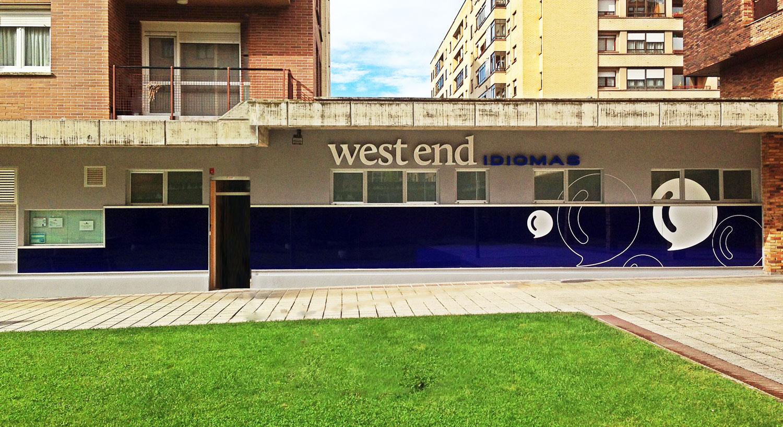 West End Idiomas - Diseño y Rotulación para tu negocio - Curva Rotulación Integral Pamplona
